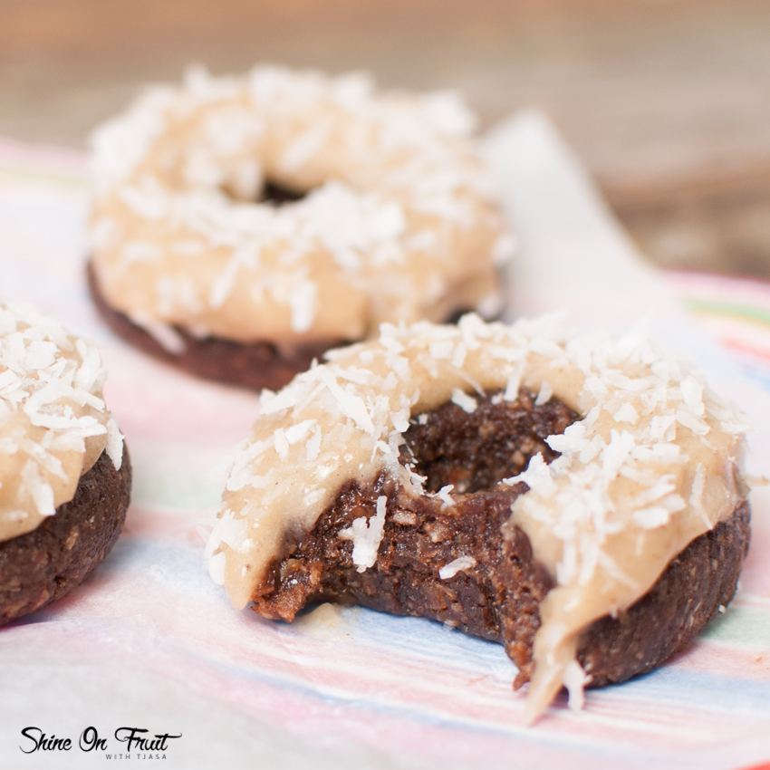 Raw Donuts with Coconut Glaze - Shine with Nature